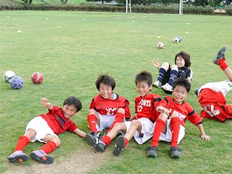 新座市で活動する サッカー・フットサルクラブ